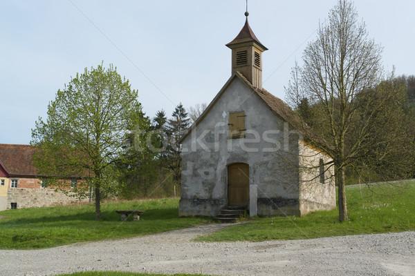 Pastoral küçük küçük kilise huzurlu güney Almanya Stok fotoğraf © prill