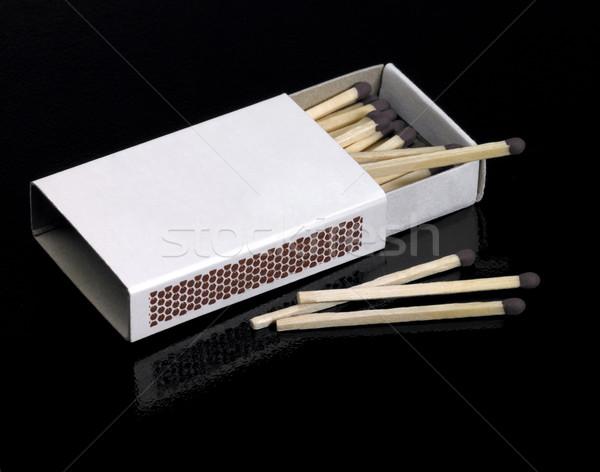 Empacotar fósforos estúdio fotografia caixa escuro Foto stock © prill