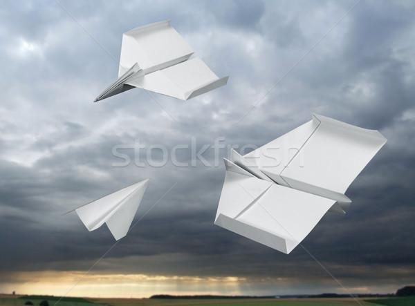 Repülés papír repülőgépek fehér viharos hát Stock fotó © prill