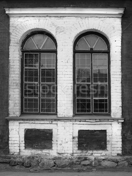 Vintage Windows abandonado complejo monocromo imagen Foto stock © Pruser