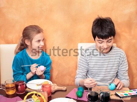 Kardeş paskalya yumurtası ev erkek kız boyama Stok fotoğraf © przemekklos