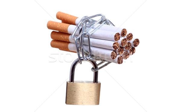 сигареты цепь замок медицина блокировка курение Сток-фото © pterwort