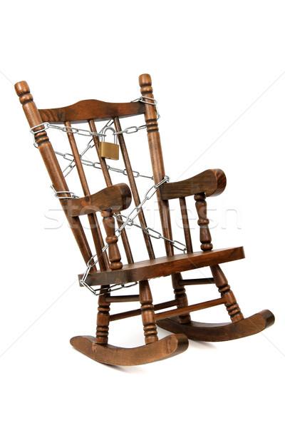 Oude houten schommelstoel keten hangslot witte Stockfoto © pterwort