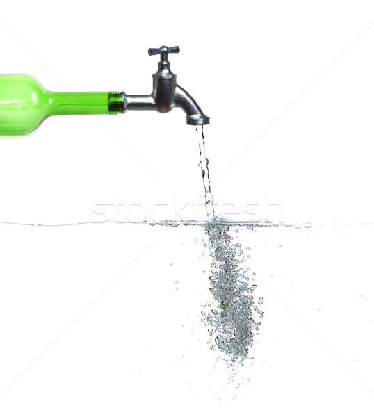 водопроводный кран зеленый бутылку воды пузырьки природы Сток-фото © pterwort