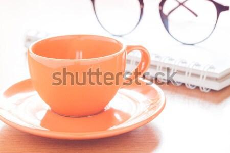 Stockfoto: Laptop · koffiekopje · notepad · bureau · voorraad · foto