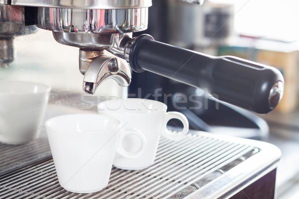 Kahve fincanları espresso atış stok fotoğraf el Stok fotoğraf © punsayaporn