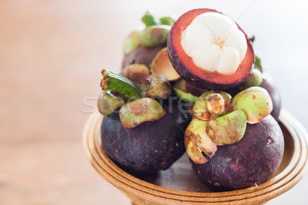 Groep houten dienblad voorraad foto vruchten Stockfoto © punsayaporn
