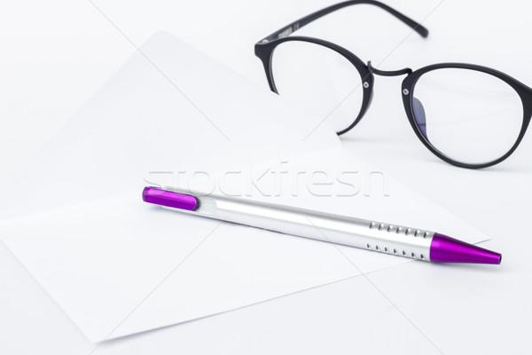 Envelop pen geïsoleerd witte voorraad foto Stockfoto © punsayaporn