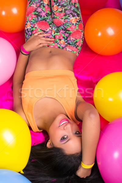 Gelukkig latino cute vrouw ballonnen partij Stockfoto © pxhidalgo