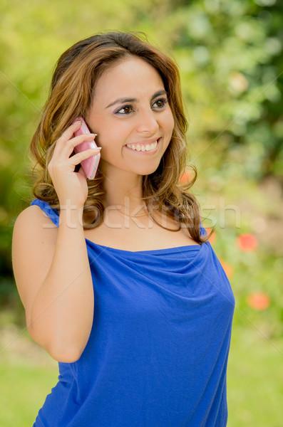 Stockfoto: Jonge · zakenvrouw · praten · telefoon · park · meisje