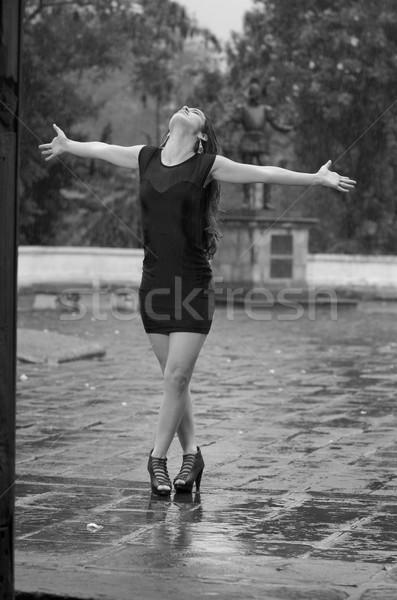Dans yağmur su bahar gülümseme mutlu Stok fotoğraf © pxhidalgo