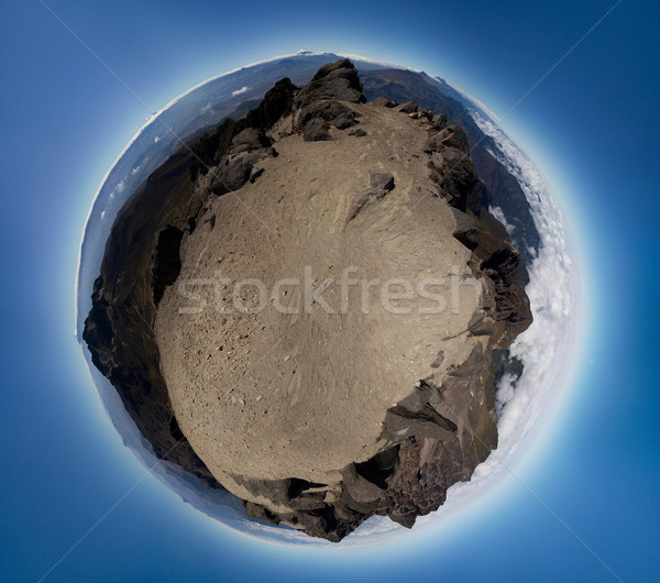 Foto stock: Pequeño · planeta · panorama · montanas · cielo · árbol
