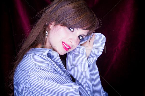 Gyönyörű fiatal álmos nő póló szemek Stock fotó © pxhidalgo