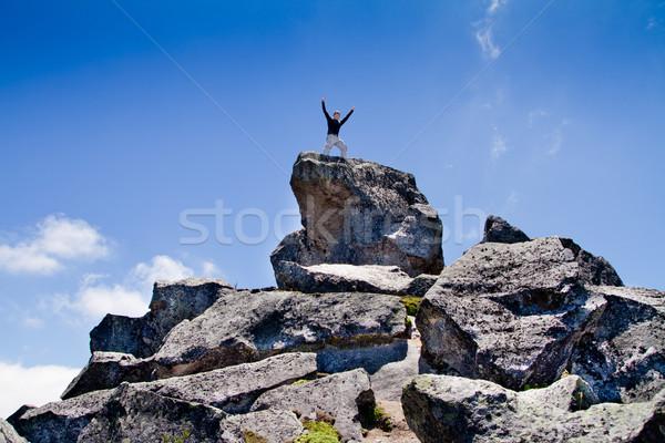 Giovani zaino in spalla piedi top montagna successo Foto d'archivio © pxhidalgo