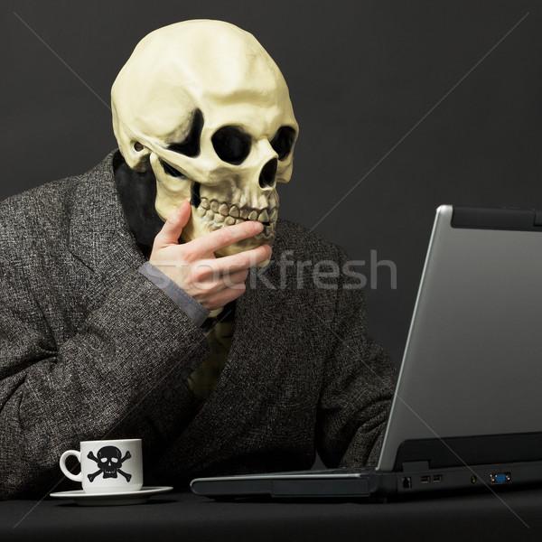 Pessoa venenoso beber café chá internet Foto stock © pzaxe