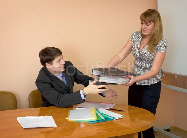 Segretario cartelle capo donna carta uomo Foto d'archivio © pzaxe