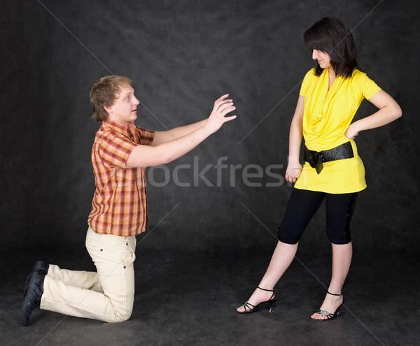Férfi térdel fiatal nő lány pár fiú Stock fotó © pzaxe