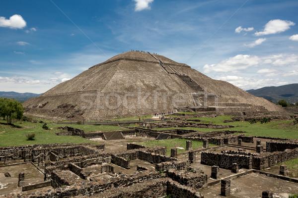 Piramit güneş üçüncü harabe duvarlar Stok fotoğraf © Quasarphoto