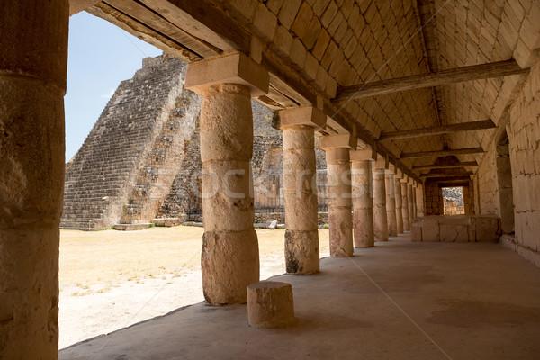 Antica passaggio pietra città culto tropicali Foto d'archivio © Quasarphoto