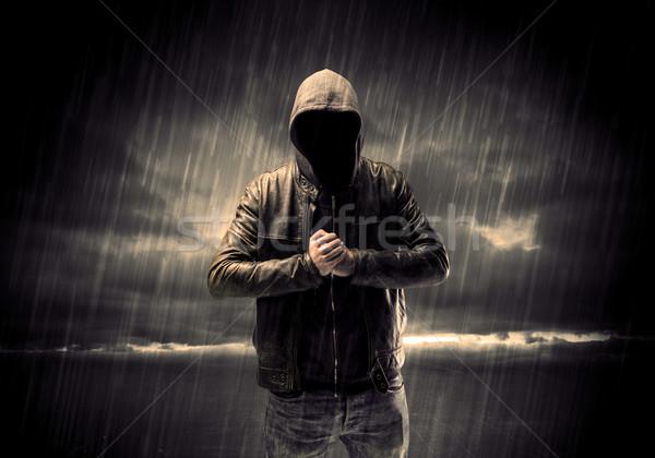 Anonimo terrorista notte ladro irriconoscibile piedi Foto d'archivio © ra2studio
