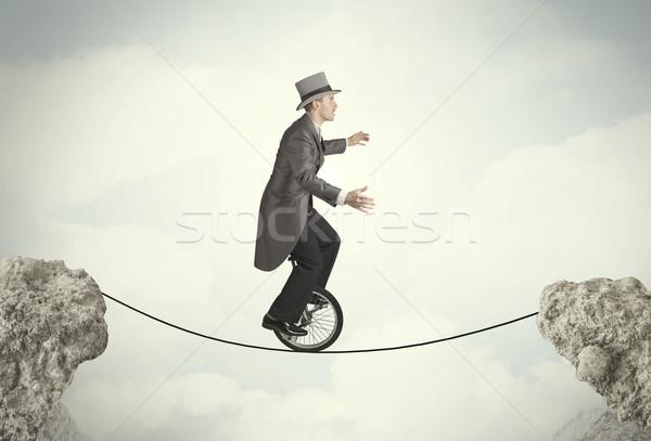 Braver homme d'affaires équitation cycle affaires Photo stock © ra2studio