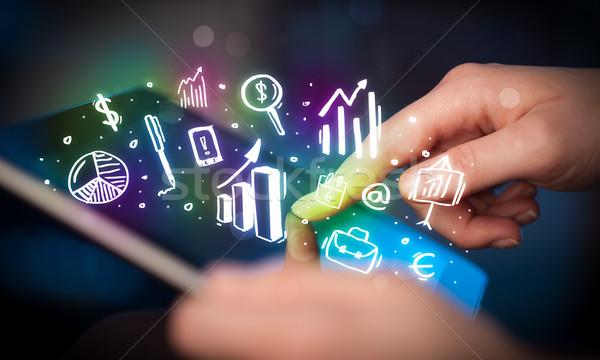 Stock fotó: Kéz · megérint · táblagép · táblázatok · ujj · mutat