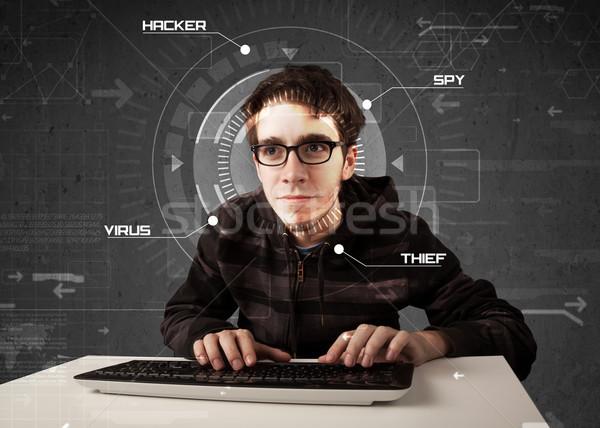 Giovani futuristico l'hacking personale informazioni Foto d'archivio © ra2studio