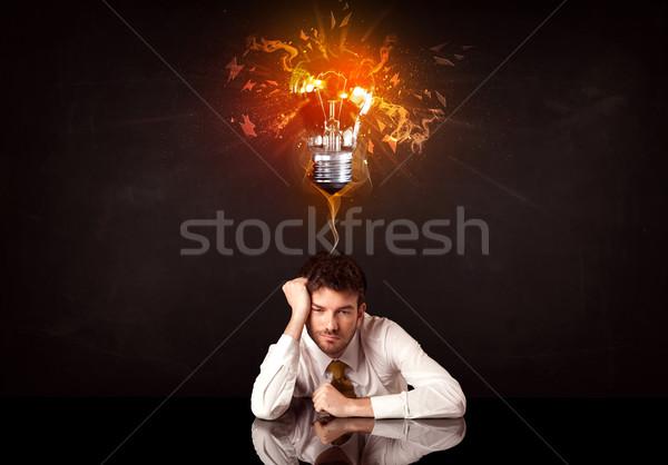 Affaires séance idée ampoule déprimée Photo stock © ra2studio