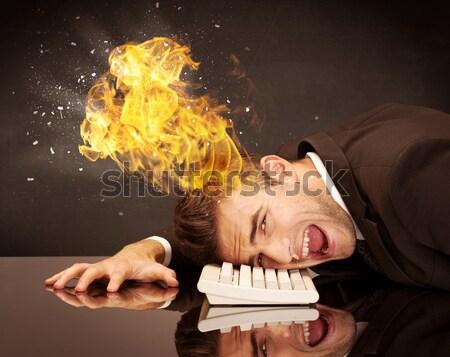 Hangsúlyos üzlet fej égő lehangolt üzletember Stock fotó © ra2studio