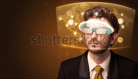 Stockfoto: Jonge · man · naar · futuristische · kaart · computer