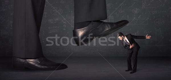 Enorme pierna minúsculo hombre fondo empresario Foto stock © ra2studio
