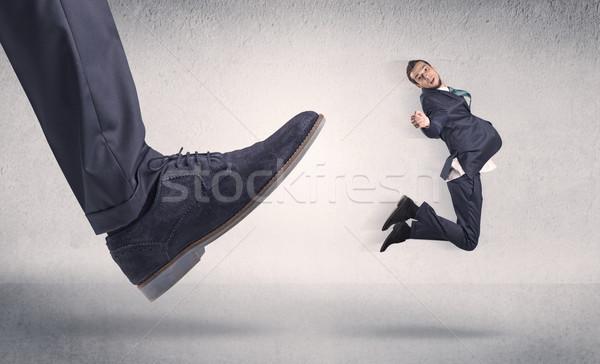 Pequeño empresario grande zapato lugar de trabajo hombre Foto stock © ra2studio