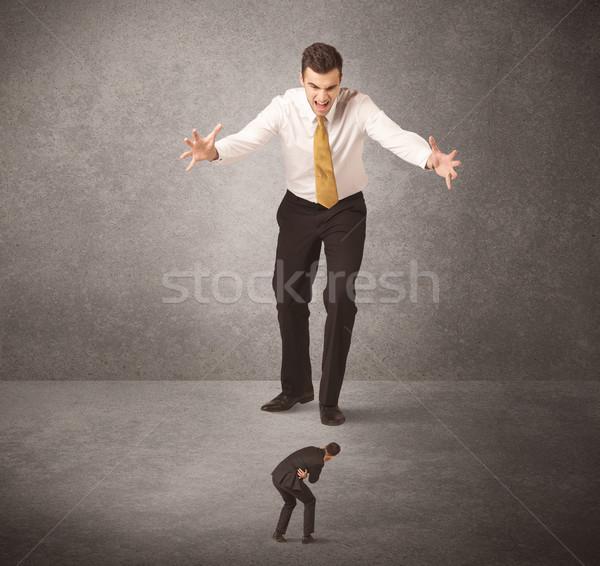 ビッグ ビジネスマン 見える 小 ワーカー 作業 ストックフォト © ra2studio