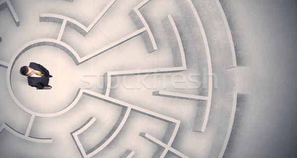 üzletember csapdába esett körkörös labirintus zavart iroda Stock fotó © ra2studio