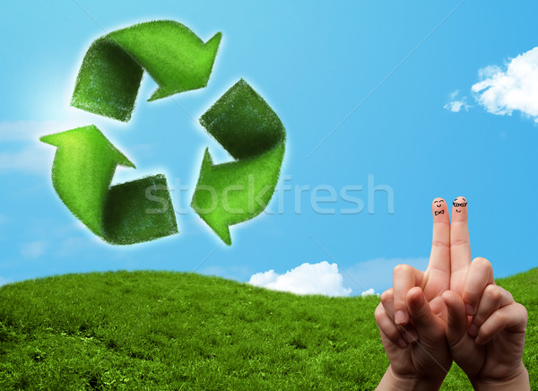 Gelukkig vingers naar groen blad recycleren Stockfoto © ra2studio