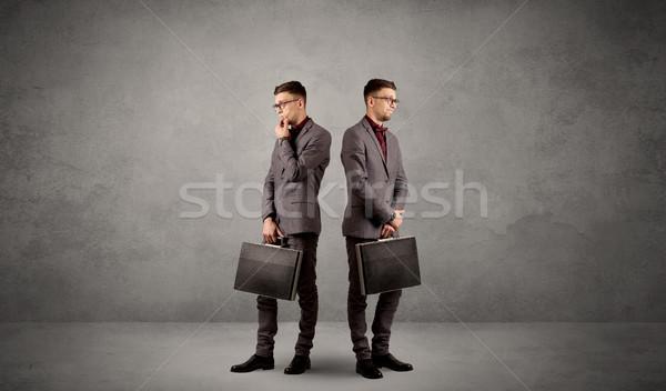 Imprenditore due giovani indicazioni Foto d'archivio © ra2studio