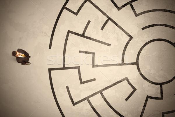 Verloren zakenman naar manier labyrint Stockfoto © ra2studio