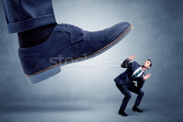 Wreed baas werknemer groot voet klein Stockfoto © ra2studio