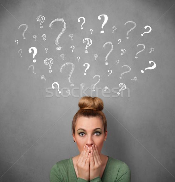 Signos de interrogación cabeza bastante pensando Foto stock © ra2studio