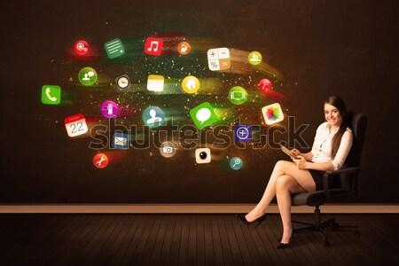 ビジネス女性 座って 事務椅子 タブレット カラフル アプリ ストックフォト © ra2studio