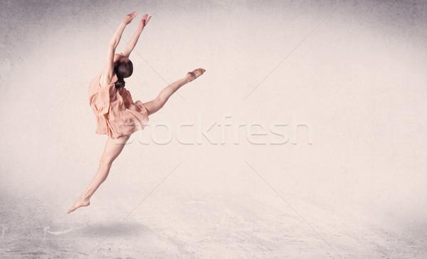 Moderne balletdanser kunst springen lege Stockfoto © ra2studio