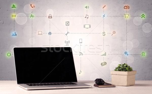 Foto stock: Portátil · los · medios · de · comunicación · iconos · cuaderno · Screen
