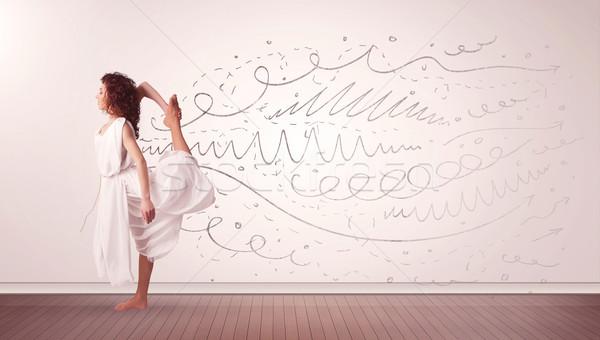 Csinos nő ugrik kézzel rajzolt vonalak nyilak jött Stock fotó © ra2studio
