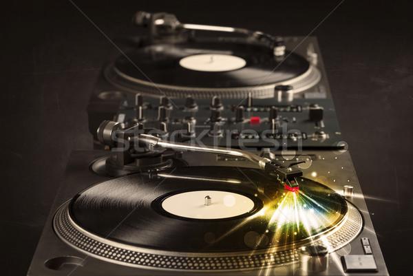 Music player jogar vinil brilho linhas necessidade Foto stock © ra2studio