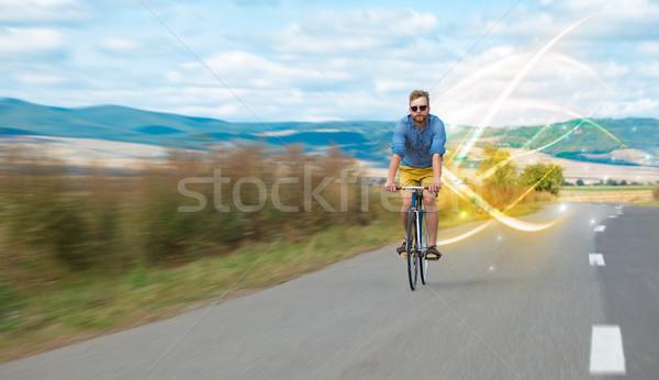 Giovani ciclista equitazione bicicletta panorama Foto d'archivio © ra2studio