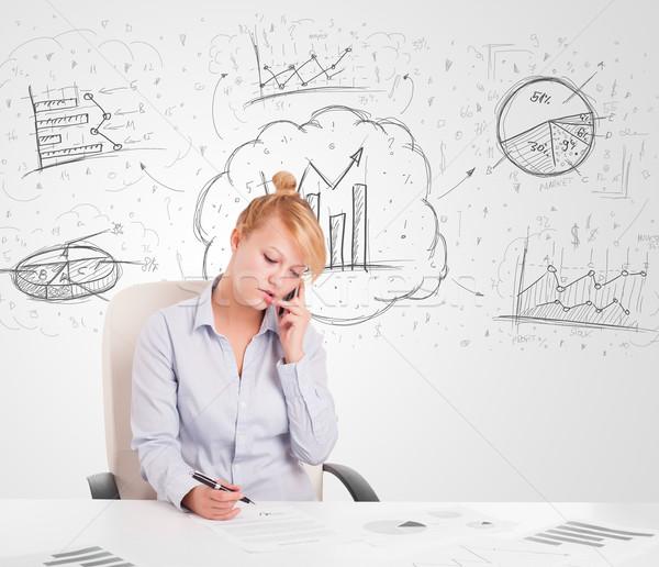 üzletasszony ül asztal kézzel rajzolt grafikon táblázatok Stock fotó © ra2studio
