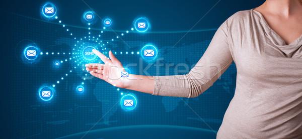 Kadın sanal mesajlaşma tip simgeler Stok fotoğraf © ra2studio
