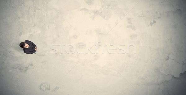 üzletember felső áll copy space sivatag iroda Stock fotó © ra2studio