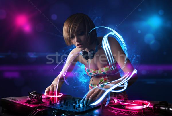 Discotecário jogar música efeitos de luz luzes belo Foto stock © ra2studio