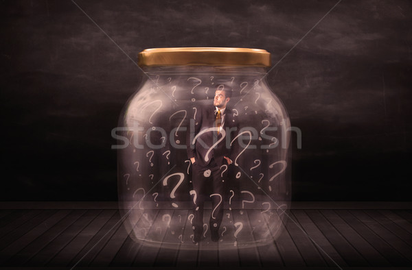 Foto stock: Empresário · trancado · jarra · pontos · de · interrogação · negócio · homem